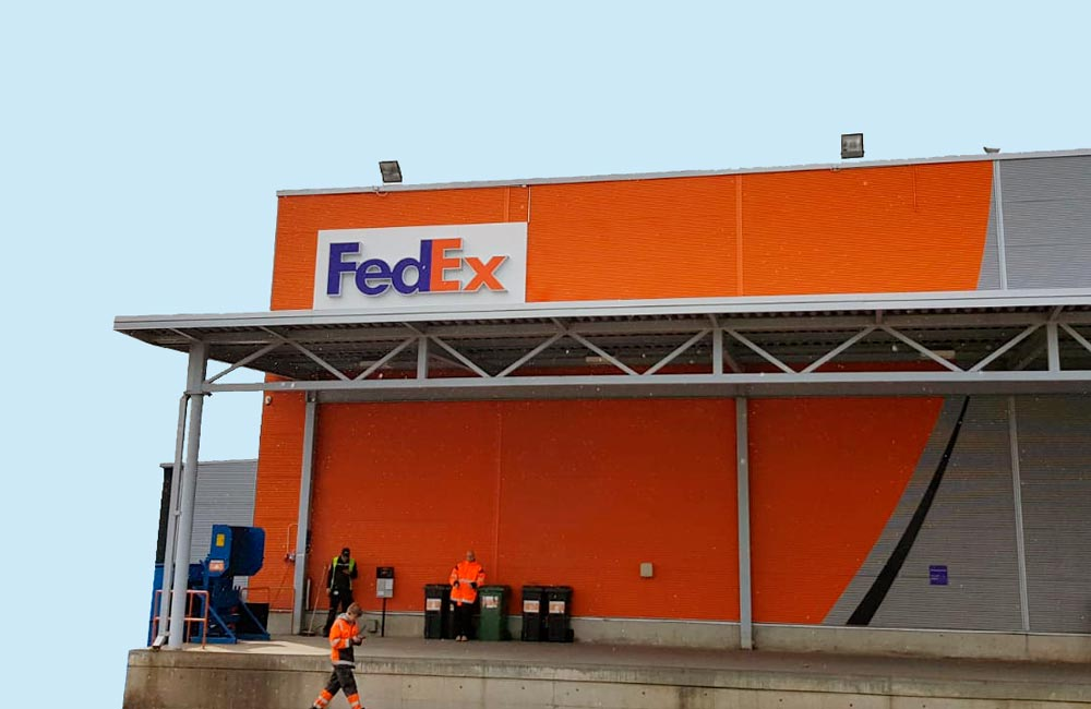 FedEx - facadeskilt